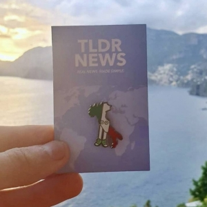Italy with Shoes Pin